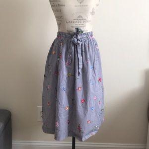Midi H&M skirt with stretchy waist